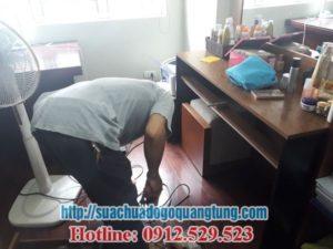 sửa chữa bàn làm việc bị hỏng