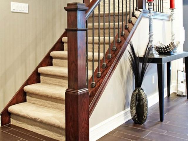 cách vệ sinh cầu thang gỗ